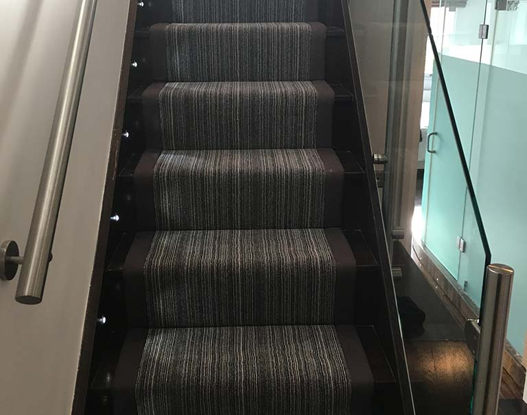 Carpet Stair Runner fitter